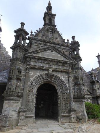 Saint-Thegonnec, France: St Tregonnec