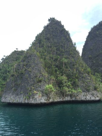 Raja Ampat Adventures