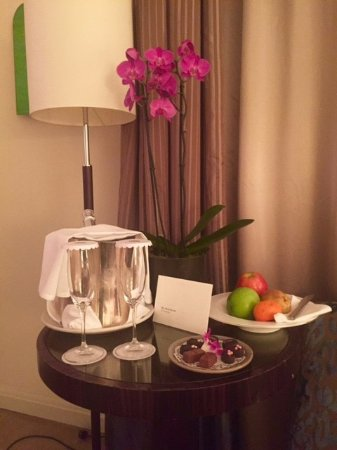 Mandarin Oriental, Prague: Welcome tray
