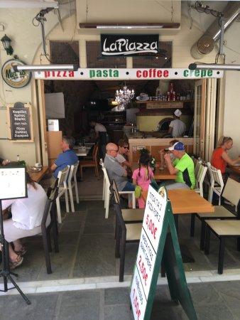 La Piazza Pizzeria : photo0.jpg