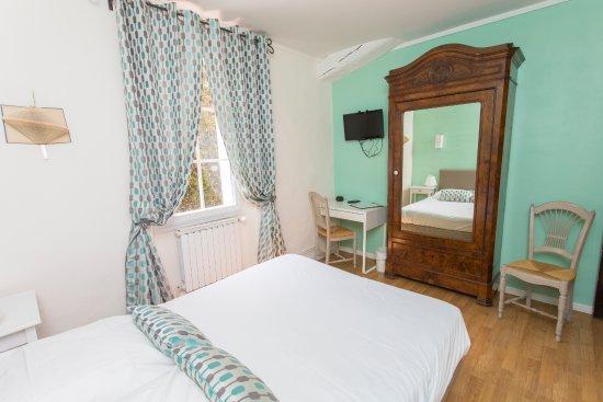 Le Beausset, Prancis: chambre double
