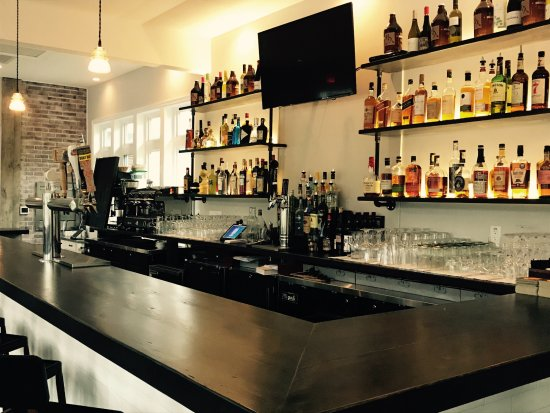 Annandale, NJ: The Bar-featuring NJ craft beers, wine on tap and a large selection of bourbon