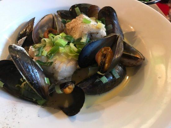 Oscar's Seafood Bistro: photo1.jpg