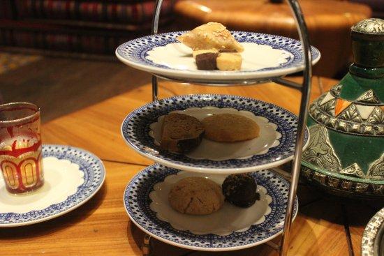 Argan Moroccan Restaurant: Mixed Sweet platter