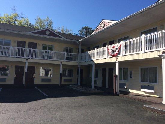 Crystal Inn & Suites: photo0.jpg