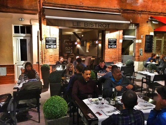 Le Bistrot: The restaurant