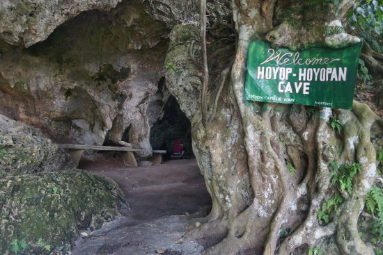 Luzon, Filippinerne: Cave Entrance