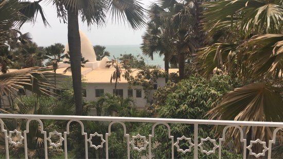 Coco Ocean Resort and Spa: Geweldig uitzicht op hoteltuin en zee