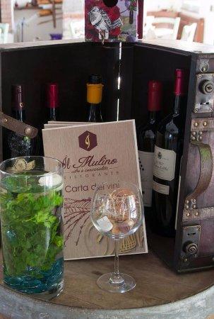 Cadrezzate, Italia: Ottimo Vino