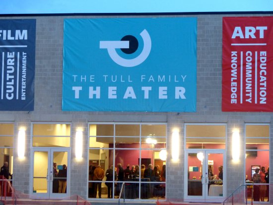 ‪The Tull Family Theater‬