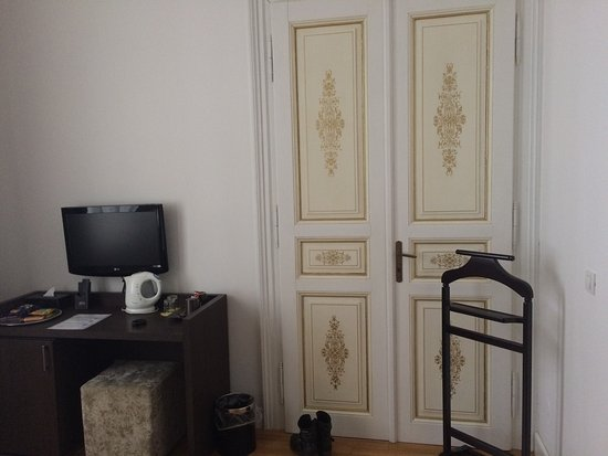Deminka Palace: photo1.jpg