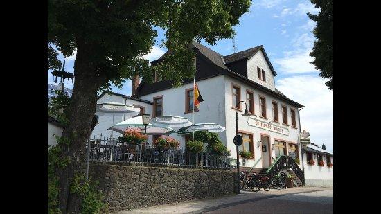 Der gemütliche Dorfgasthof im 3 Maare Dorf Schalkenmehren