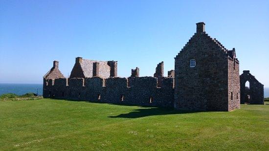 Stonehaven, UK: Burggelände