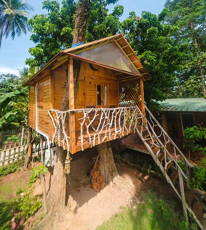 Phu Quoc Sen Lodge Homestay Village