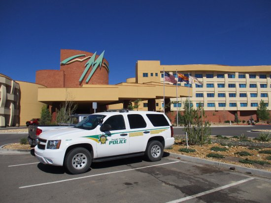 twin arrows casino hotel reservations
