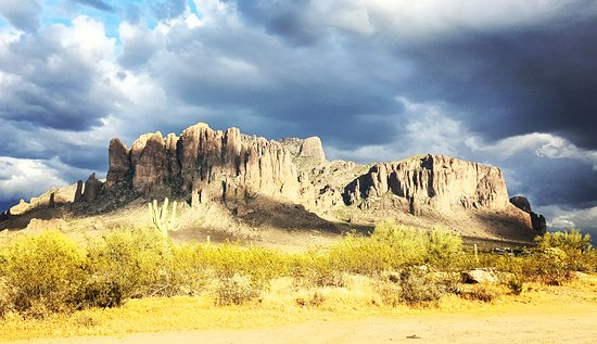 Apache Junction, AZ: Superstition mountain