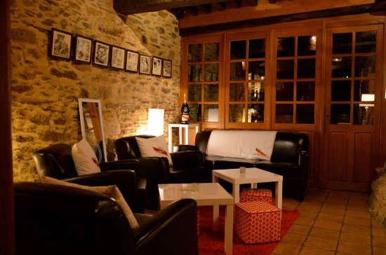 Loheac, France: Le CDV - Bar Lounge & Hostellerie Insolite