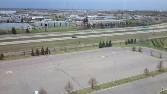 Canad Inns Destination Center Grand Forks: ph floor (13) view was nice