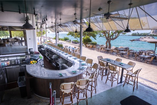 Smith Wollensky Miami Beach Patio Bar