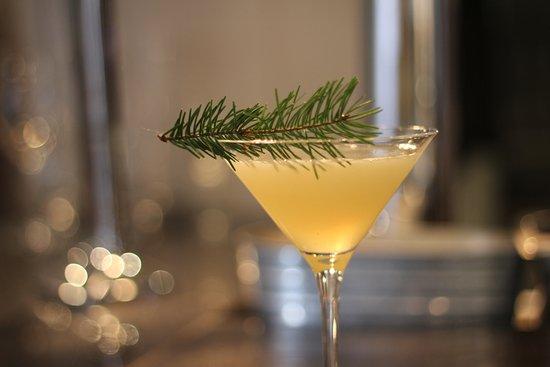 BANG Restaurant & Bar: Cocktails at BANG