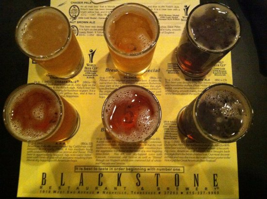 Blackstone Restaurant & Brewery: Flight