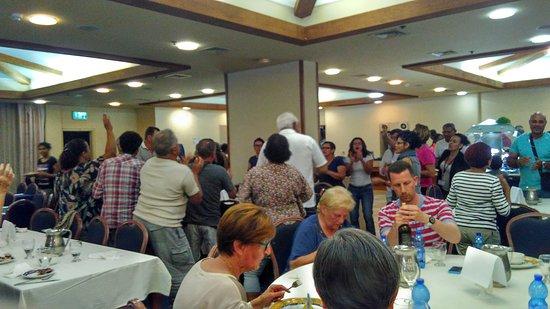 Rimonim Hotel Nazareth: Enjoying the meal