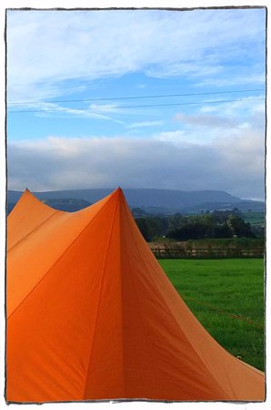 Llowes, UK: Pitch a tent at Seren Bach Campsite & Field