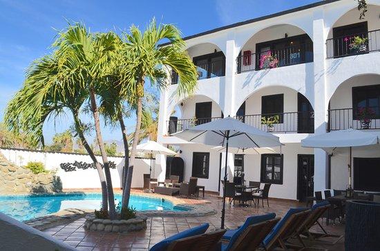 La Marina Inn Photo