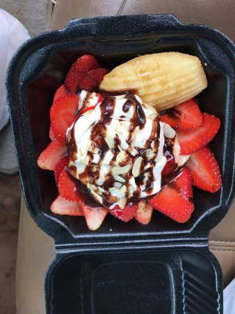 Woodville, TX: Strawberry ricotta cheese dessert. Oh my word, yum yum.