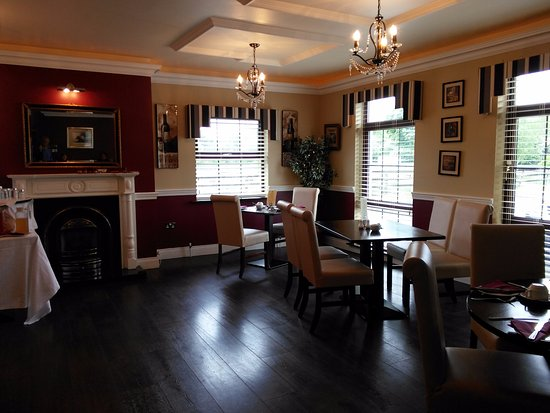 Bunratty Manor Hotel: Welcoming space