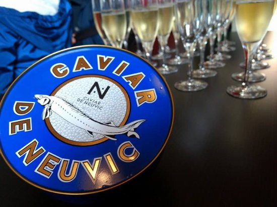 Neuvic, Francia: Dégustation de caviar