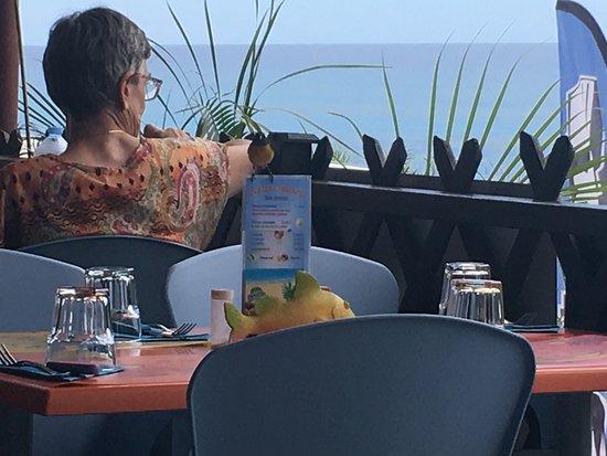Anse-Bertrand, Guadeloupe: Petit restaurant trouvé grâce à TripAdvisor . Nous n'avons pas été déçu . Super répas et serveus