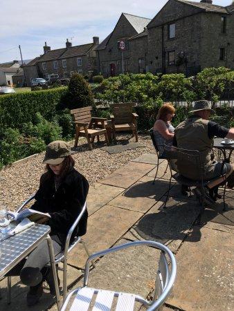 Yoredale House Guesthouse and Hamilton's Tea Room: photo2.jpg