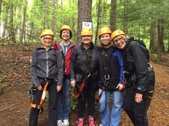 Rockbridge, OH: Still smiling after our first zip!