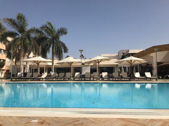 Novotel Cairo Airport, hoteles en El Cairo