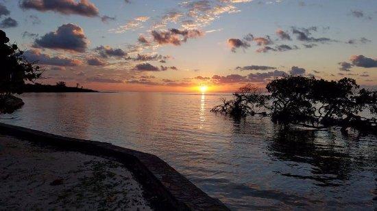 Barefoot Cay Photo