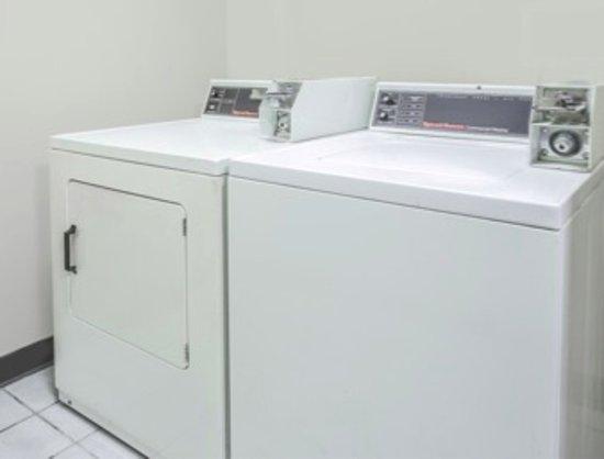 Πρίνστον, Ιλινόις: guest laundry