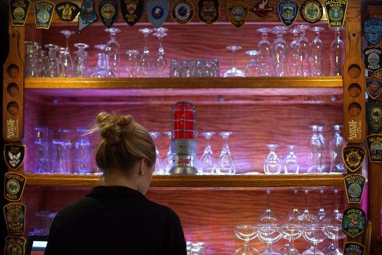 Ρότσεστερ, Νιού Χάμσαϊρ: Smokey's Tavern (downstairs)  friendly and fast service