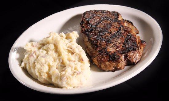 Ρότσεστερ, Νιού Χάμσαϊρ: get the nicest cuts off the grill at Granite Steak