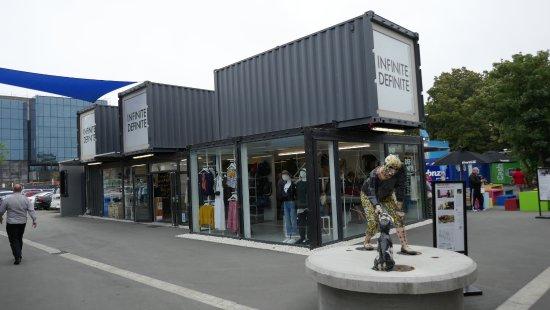 Cashel Street: Boutiques