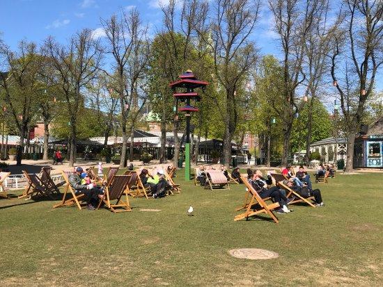 Photo de jardins de tivoli copenhague for Jardin tivoli
