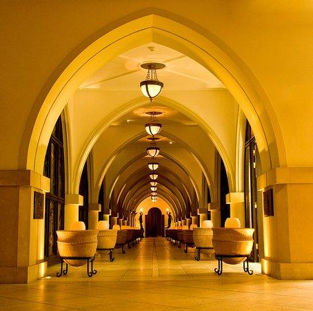 Elysium Hotel: Arched corridor - stunning!