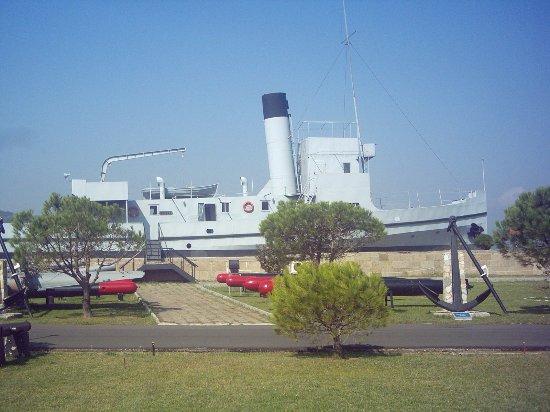 Çanakkale Deniz Müzesi - Picture of Canakkale Naval Museum ...