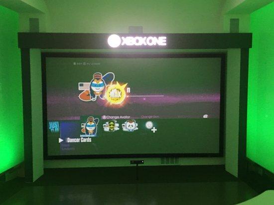 Microsoft Visitor Center: photo3.jpg