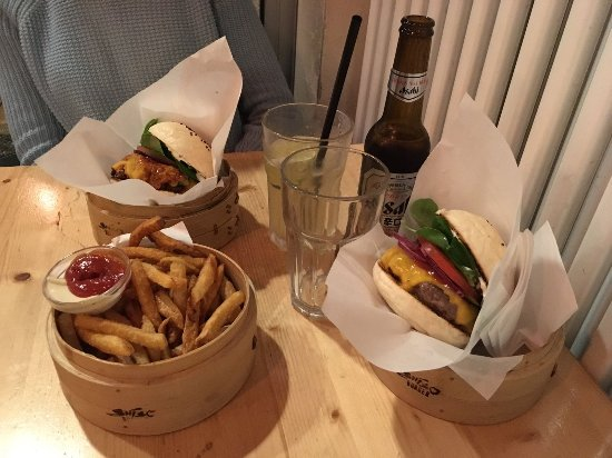 Photo of American Restaurant Shiso Burger at Auguststrasse, Berlin, Germany