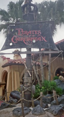 ‪Pirates of the Caribbean‬