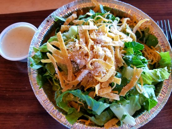Clinton, UT: Sweet pork salad