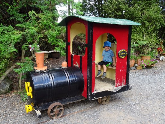 Coromandel, นิวซีแลนด์: Cute carriage for the kids to play in