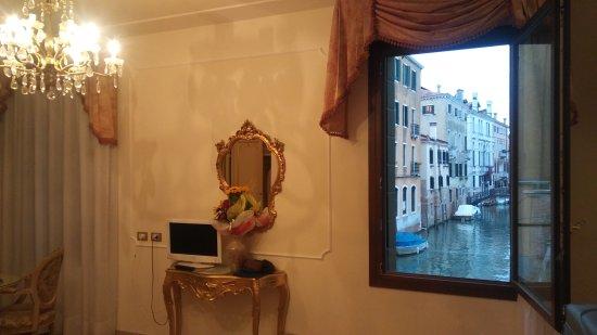Hotel Bernardi Semenzato: 20170511_200951_large.jpg