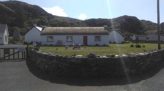 Glencolmcille, Irlandia: IMAG0703_large.jpg